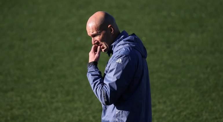 Zidane-sol-Valdebebas-2016-reuters.jpg