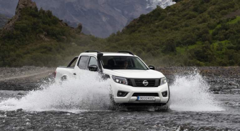 nissan-navara-off-roader-AT32.01.jpg