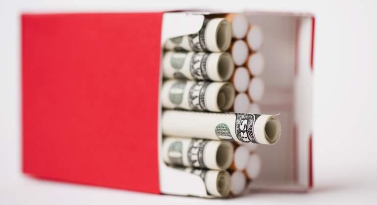 tabaco-dinero-dolares-getty.jpg