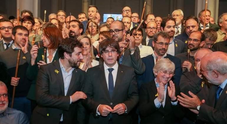 puigdemont-alcaldes-bruselas-efe.jpg