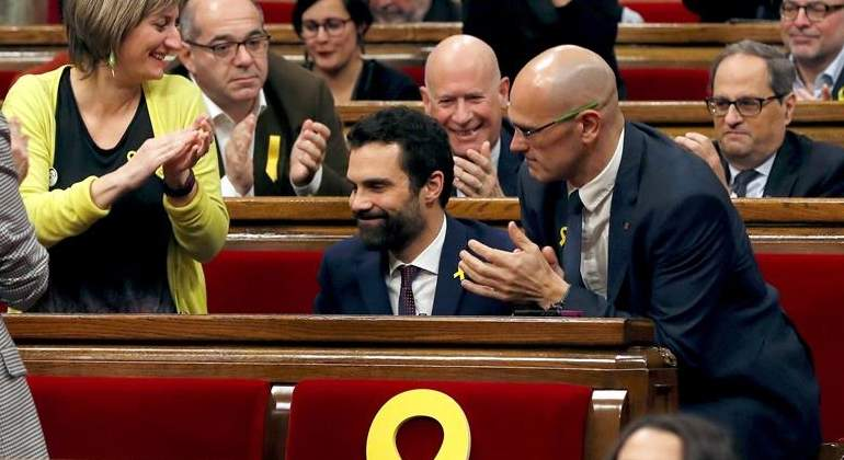 aplauso-torrent-parlament-efe.jpg