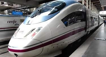 El ministro de Fomento viajará en junio a Arabia para probar los AVE a 300 km/h