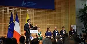 Presidente Santos invita a empresarios de Francia a invertir en Colombia
