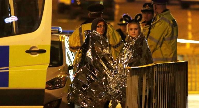 Atentado-Manchester-Personas-atentidas-ambulancia-2017-reuters.jpg