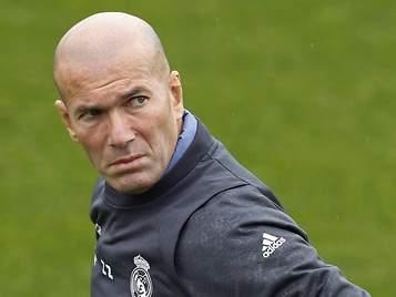 Zinedine Zidane y la incógnita del tercer hombre en el Real Madrid