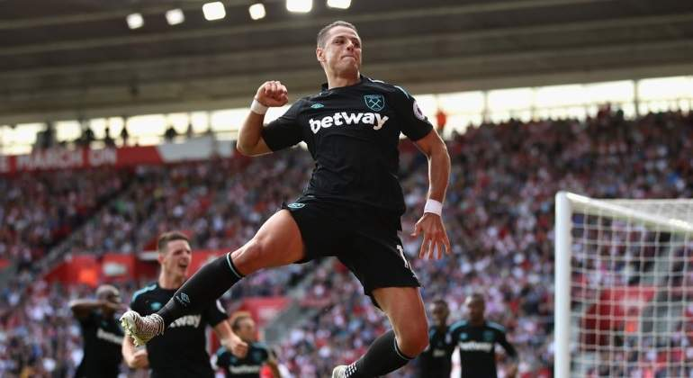 Chicharito-west-ham-twitter.jpg
