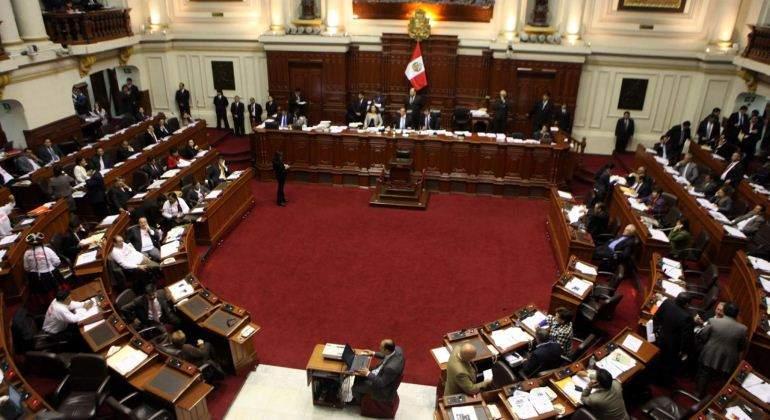 Congreso aprueba iniciativa contra el transfuguismo parlamentario