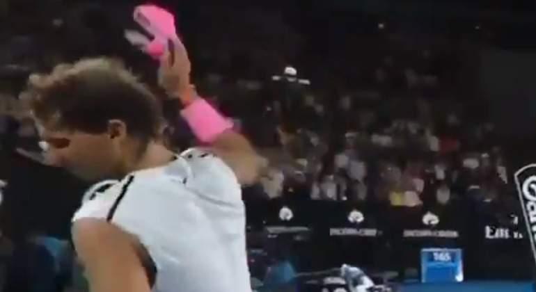 Nadal-enfadado-Open-Australia-lesion-2018-ok-grande.jpg