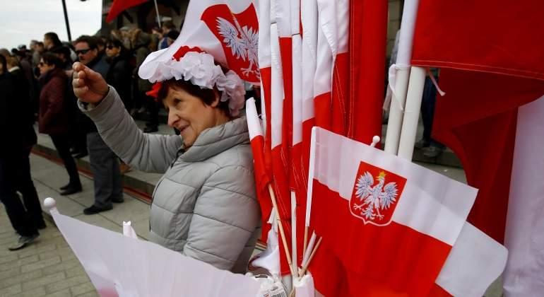 banderas-polonia-ondean.jpg