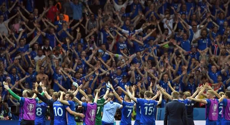 Islandia-festeja-Inglaterra-2016-reuters.jpg