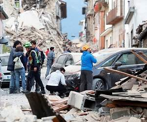 /imag/_v0/770x420/c/2/4/terremoto-italia-2016-1-reuters.jpg - 300x250
