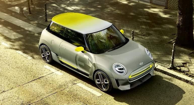 mini-electric-concept-2017-02.jpg