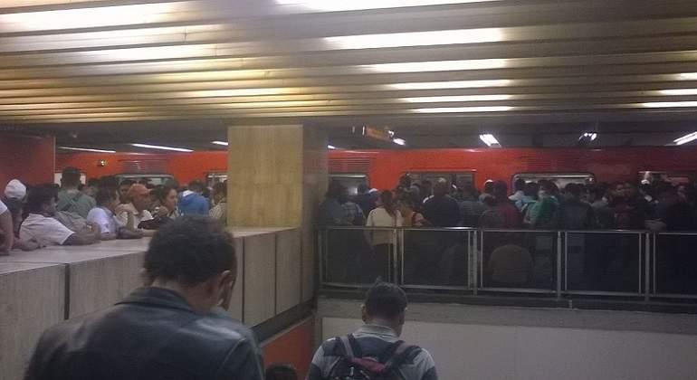 Fallas en L3 del Metro afectan a usuarios dos horas