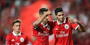 Jonas comanda goleada del Benfica de Raúl Jiménez