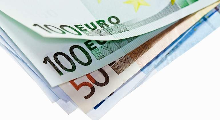 billetes-euro-esquina-getty.jpg