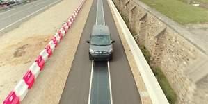 Renault desarrolla un sistema inalámbrico para cargar vehículos eléctricos
