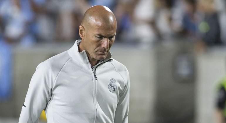 Zidane-cabizbajo-amistoso-EEUU-2017-efe.jpg