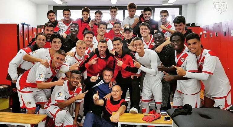 Rayo-B-Celebra-victoria-2017.jpg