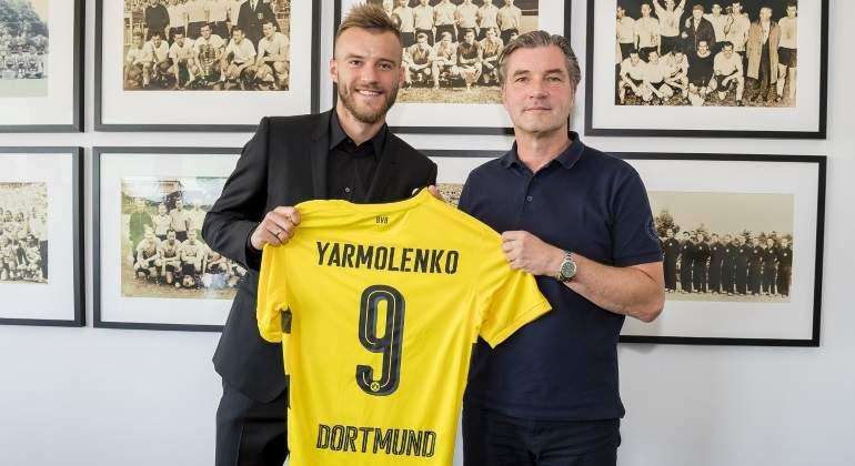 yarmolenko-presenta-dortmund.jpg
