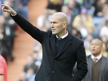 El Real Madrid humilla a Barça y Atlético en la Liga de Zidane