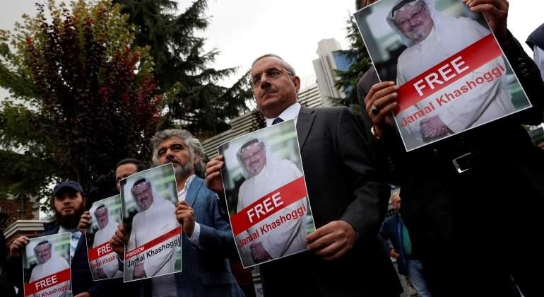 carteles-del-periodista-saudi-desaparecido-khashoggi-reuters.jpg