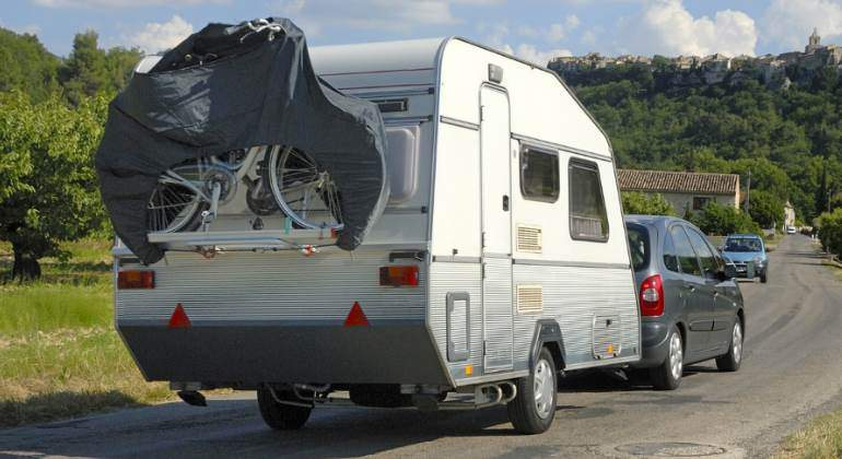 caravana-coche-francia-770-dreamstime.jpg