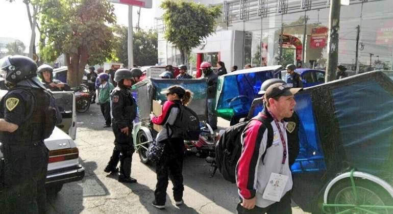 Aplican operativo contra mototaxistas en la Venustiano Carranza