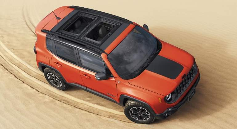 jeep-renegade-2018-01.jpg
