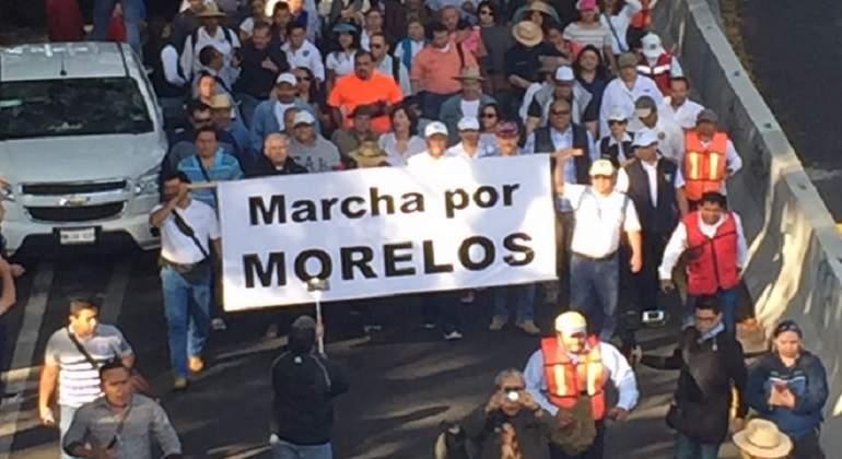 FAM marcha para exigir renuncia de gobernador de Morelos