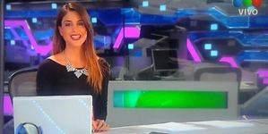 La presentadora argentina muestra un pezón