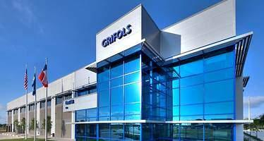 Grifols quiere abrir centros de donación fuera de EEUU
