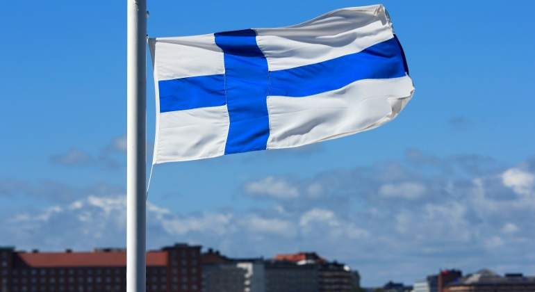 finaldia-bandera-helsinki.jpg