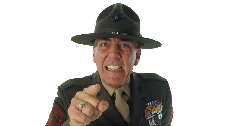 sargento-chaqueta-metalica.jpg