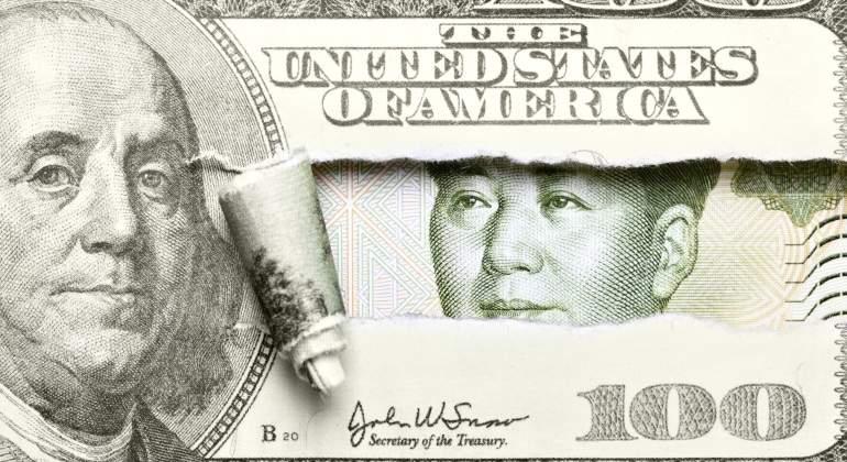 yuan-ensconde-dolar.jpg