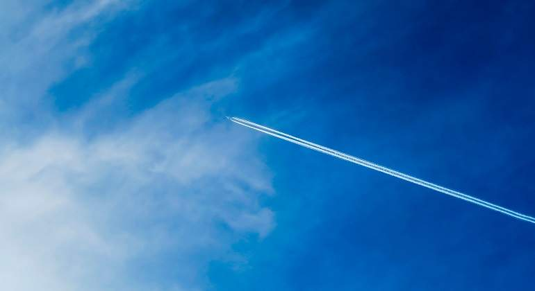 air-1869653_1920.jpg