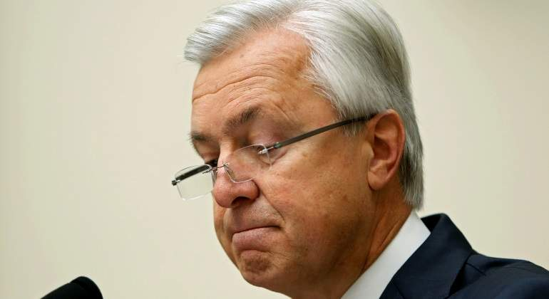Se retira el CEO de Wells Fargo