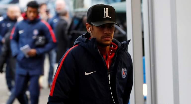 Neymar-gorra-PSG-2017-Reuters.jpg