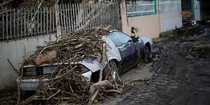 Puerto Rico pide tener mismo trato que EU tras huracanes