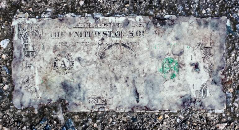 Dolar-borroso.jpg