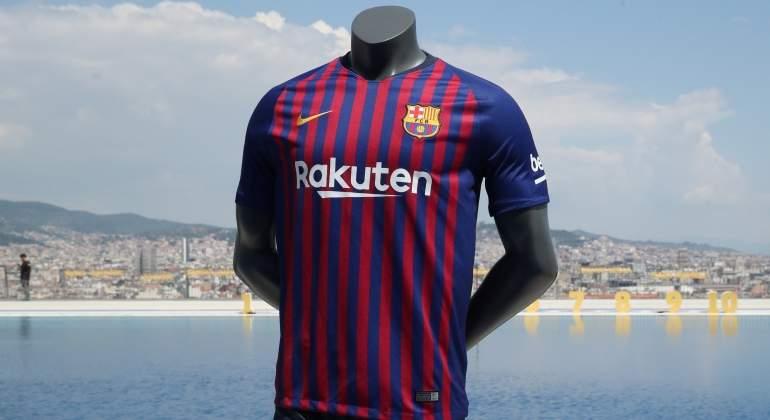 Así es la nueva camiseta del Barcelona para la temporada 2018-19 ... 162f81d024ab1