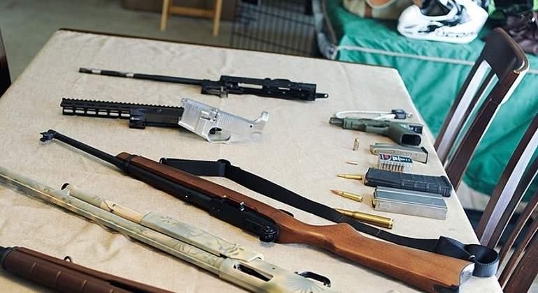 Texas reduce costo de licencias para portar armas