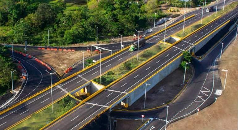 Abertis puja por el principal operador de autopistas de Portugal