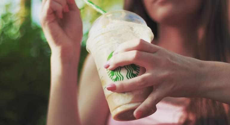 Bacterias fecales en los hielos del Starbucks, Costa y Nero