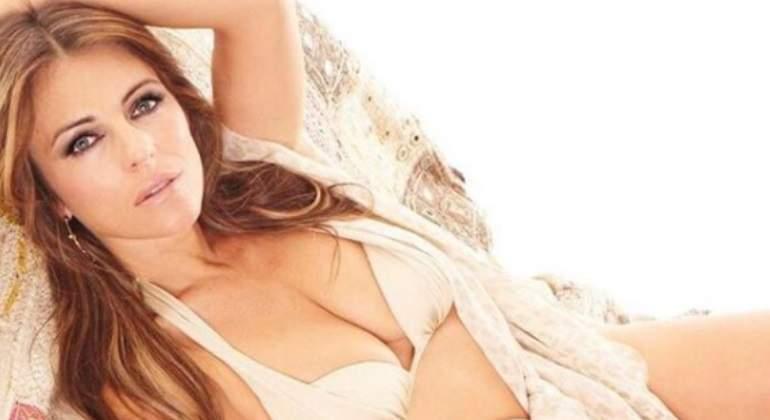 elisabeth-hurley-topless770.jpg