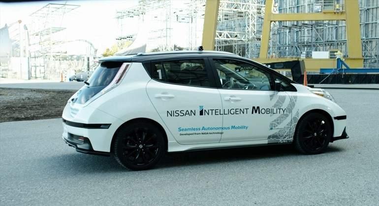 nissan-coche-autonomo.jpg