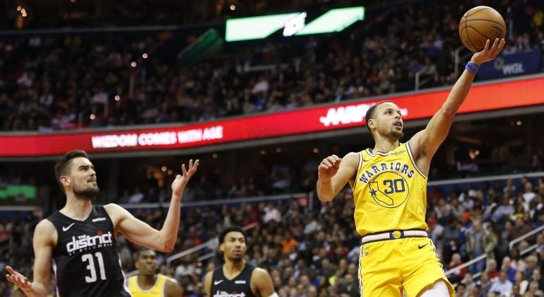 curry-wizards-2019-reuters.jpg