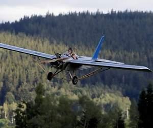 /imag/_v0/770x420/d/9/5/avion-artesanal-3-770x420-reuters.jpg - 300x250