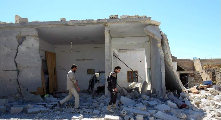 Expertos en armas químicas por fin llegan a Duma, en Siria