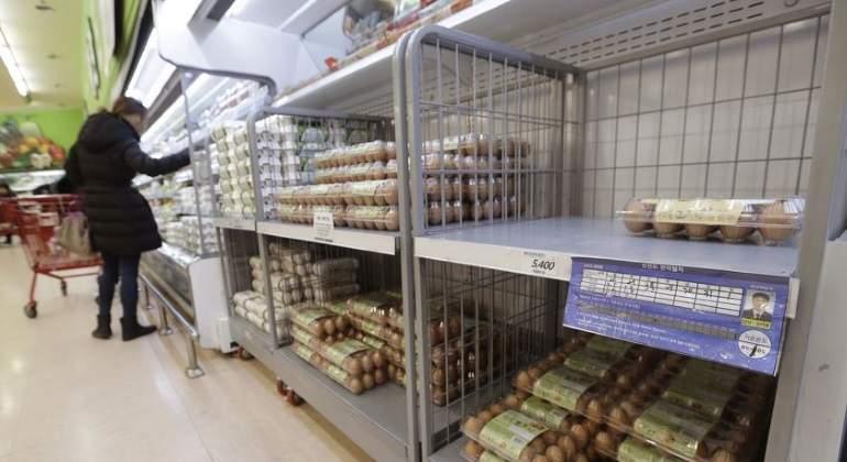 huevos-estanterias-corea.jpg