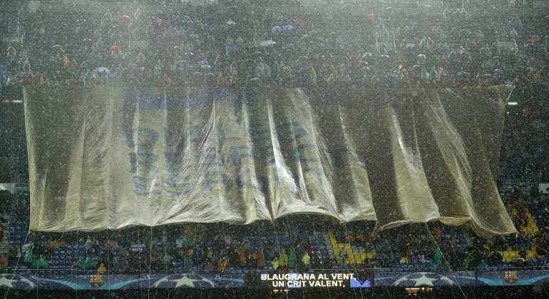 Pancarta-CampNou-Dialogo-respeto-deportes-2017-Reuters.jpg